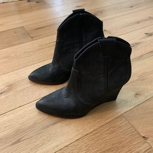 "Ash ""Paradise"" wedge boot heel in black 7.5/37.5"